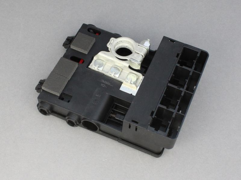 battery distribution fuse box 12 volt planet
